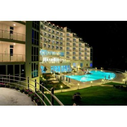 Hotel AQUA AZUR 4* din St. Constantin si Elena