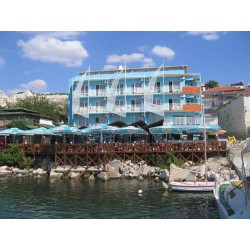 HOTEL LOTOS 3*- BALCHIK